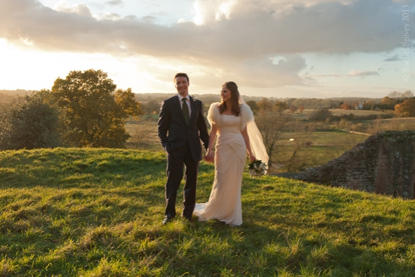 Photography of Bride and groom on the hill at Kenilworth Castle Warwickshire