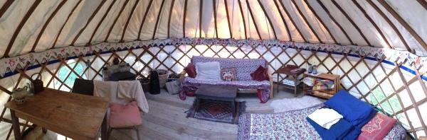 Yurt_interior